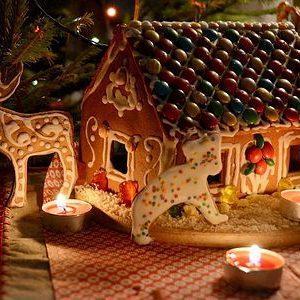 Новогодний домик под ёлку