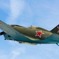 23 февраля, военный самолет